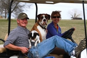 Bobby, Tracy and dogs picture at HH